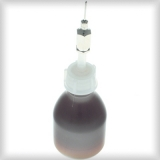 Öldosierflasche mit Nadel